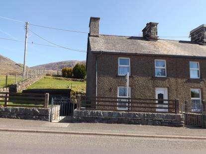 2 Bedrooms Semi Detached House for sale in Hendre Ddu, Manod, Blaenau Ffestiniog, Gwynedd, LL41