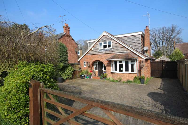 4 Bedrooms Detached House for sale in Ellis Road, Crowthorne