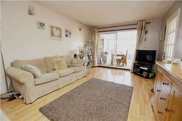 3 Bedrooms Semi Detached House for sale in Dozule Close, Leonard Stanley, Stonehouse, Gloucestershire, GL10 3NL
