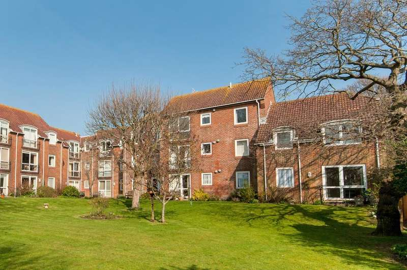 1 Bedroom Retirement Property for sale in Homeshore House, Sutton Road, Seaford, East Sussex, BN25 4QQ
