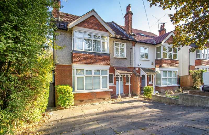 3 Bedrooms Flat for sale in PURLEY