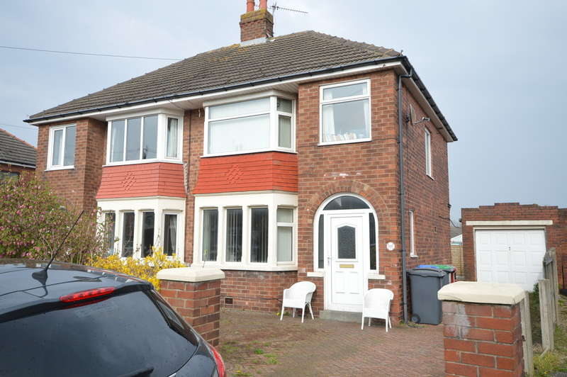 3 Bedrooms Semi Detached House for sale in Wharfedale, Marton