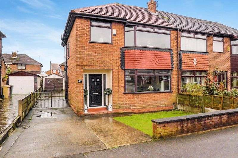 3 Bedrooms Semi Detached House for sale in Wilby Avenue, Little Lever, Bolton