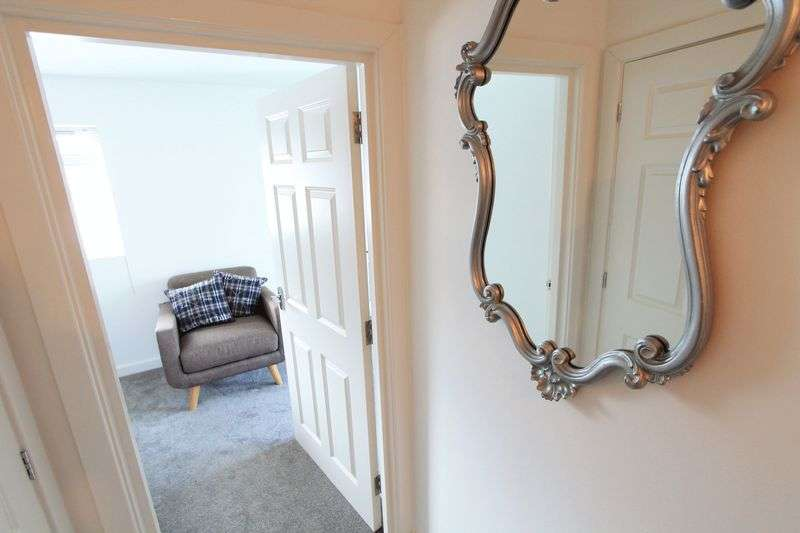 4 Bedrooms Semi Detached House for sale in Melgate Close, Bournemouth
