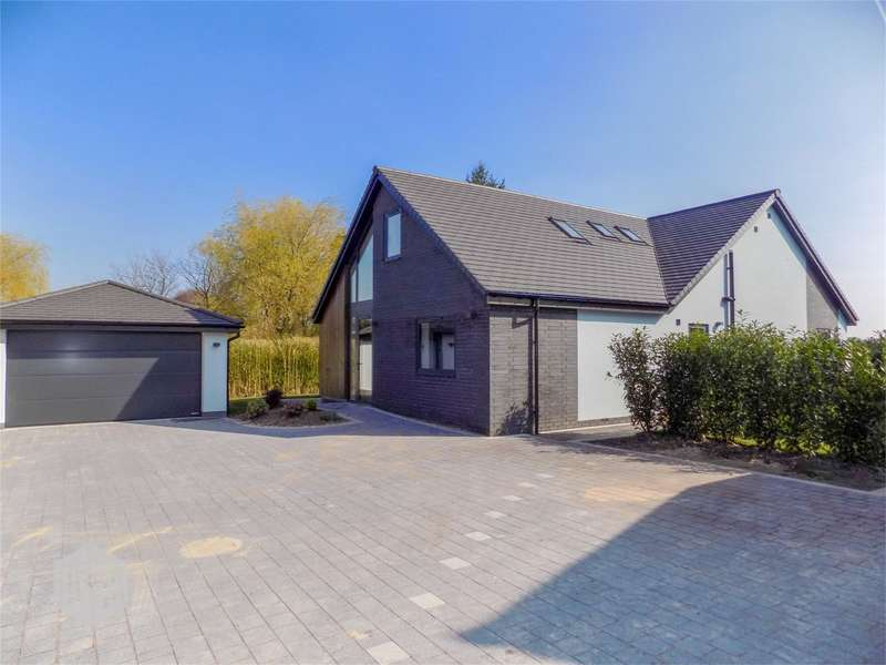 4 Bedrooms Detached House for sale in Southport Road, Ulnes Walton, Leyland, Lancashire