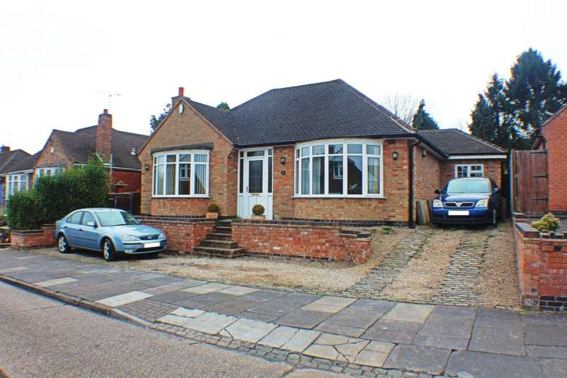 3 Bedrooms Bungalow for sale in Summerlea Road, Leicester, LE5