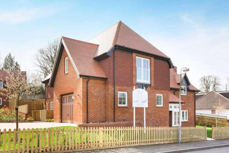 4 Bedrooms Detached House for sale in Ashlyns Road, Berkhamsted