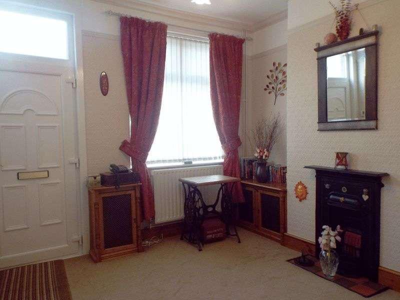 2 Bedrooms Terraced House for sale in Watkin Street Fenton., Stoke-On-Trent