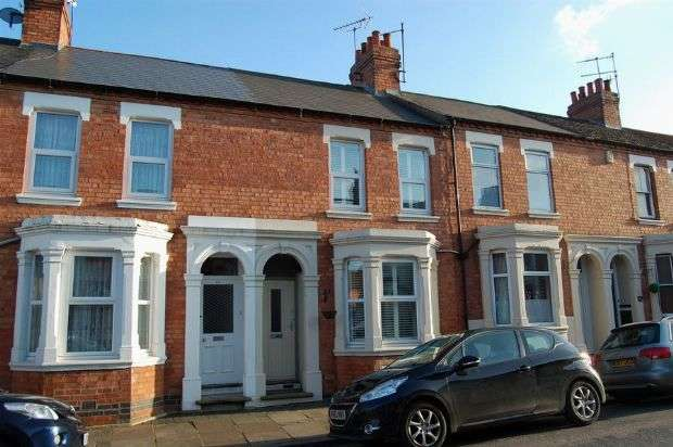 3 Bedrooms Terraced House for sale in Ashburnham Road, Abington, Northampton NN1 4QY