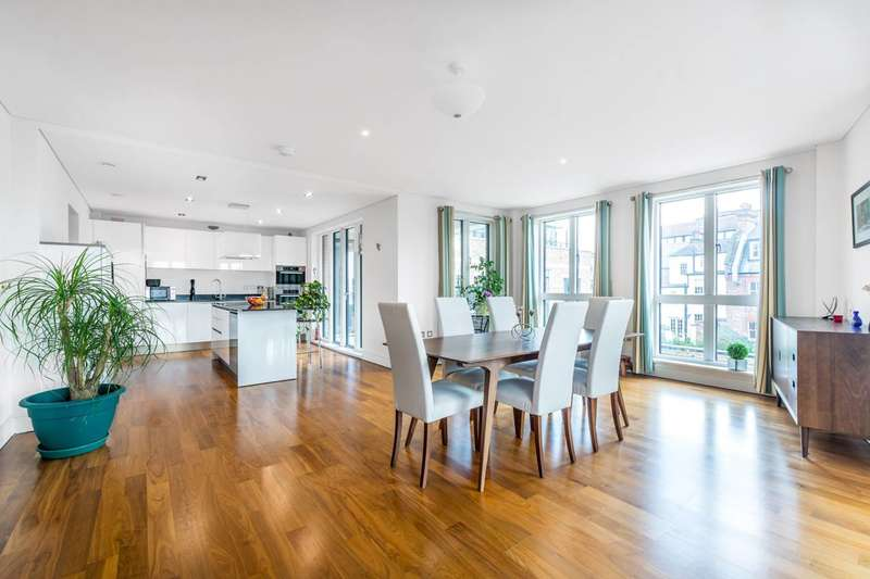 3 Bedrooms Flat for sale in Retreat Road, Richmond, TW9