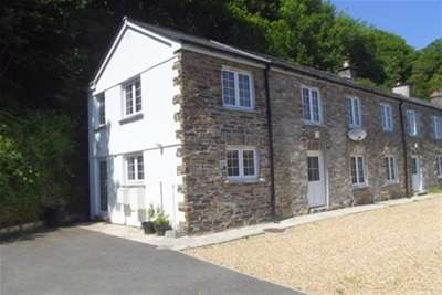 3 Bedrooms End Of Terrace House for rent in Gunnislake