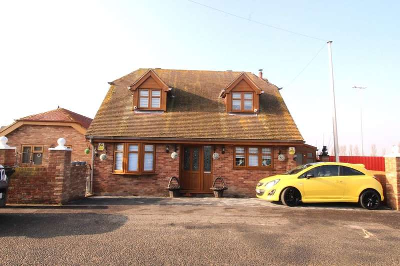 4 Bedrooms Detached House for sale in Queenborough Road, Minster On Sea, Sheerness, ME12
