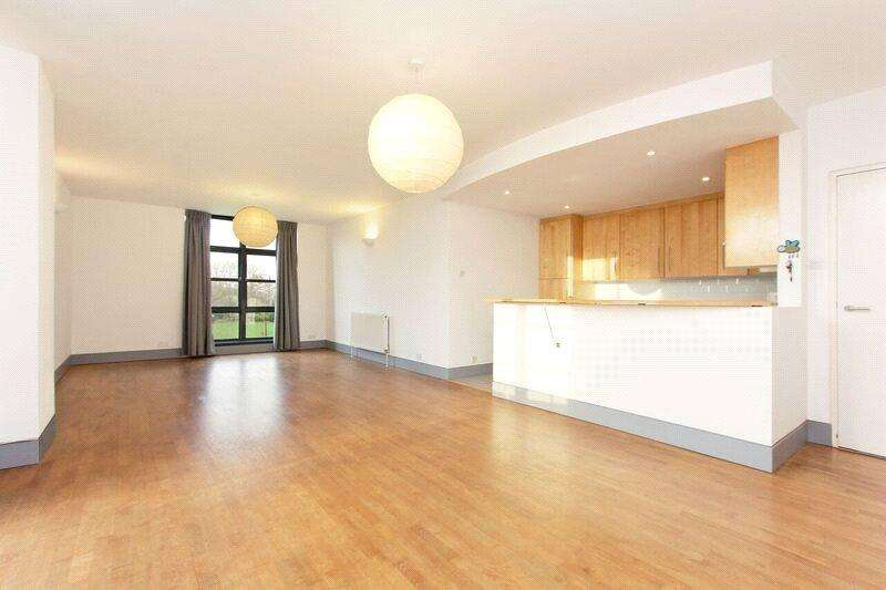 2 Bedrooms Flat for sale in Pilgrim House, 16 Mayflower Street, London, SE16