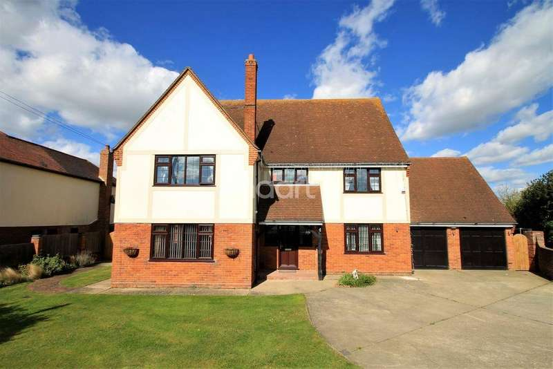5 Bedrooms Detached House for sale in St Osyth
