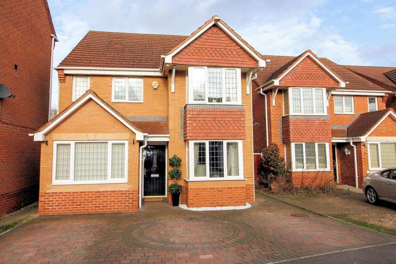 4 Bedrooms Detached House for sale in Cotes Drive, Loughborough