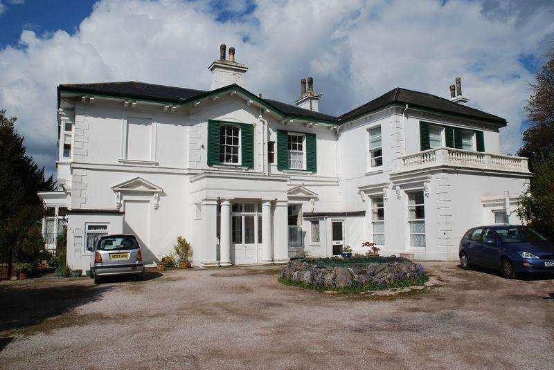 1 Bedroom Apartment Flat for sale in Lower Warberry Road, Torquay