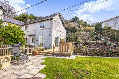 2 Bedrooms Semi Detached House for sale in Looe, Cornwall