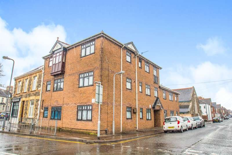 1 Bedroom Flat for sale in Dalton Street, Cathays, Cardiff