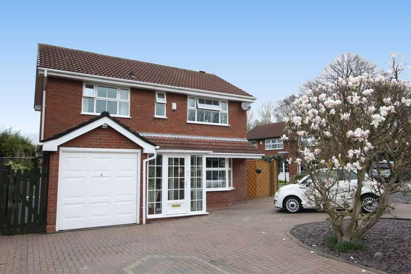 4 Bedrooms Detached House for sale in Darell Croft, New Hall, Sutton Coldfield, B76 1HU