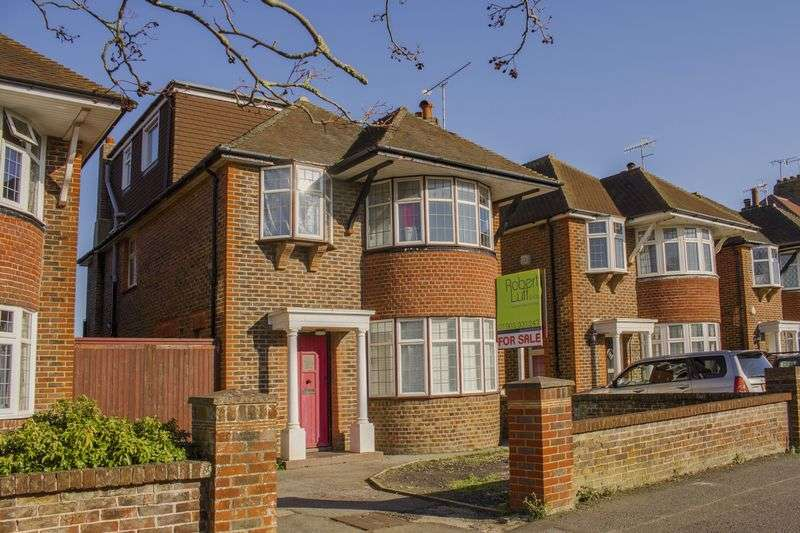 4 Bedrooms Detached House for sale in George V Avenue, Worthing