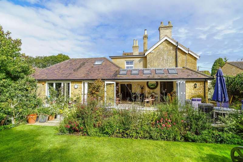4 Bedrooms Detached House for sale in Cary Road, North Cadbury, Yeovil
