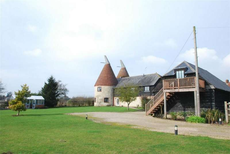 5 Bedrooms Detached House for sale in Sandway