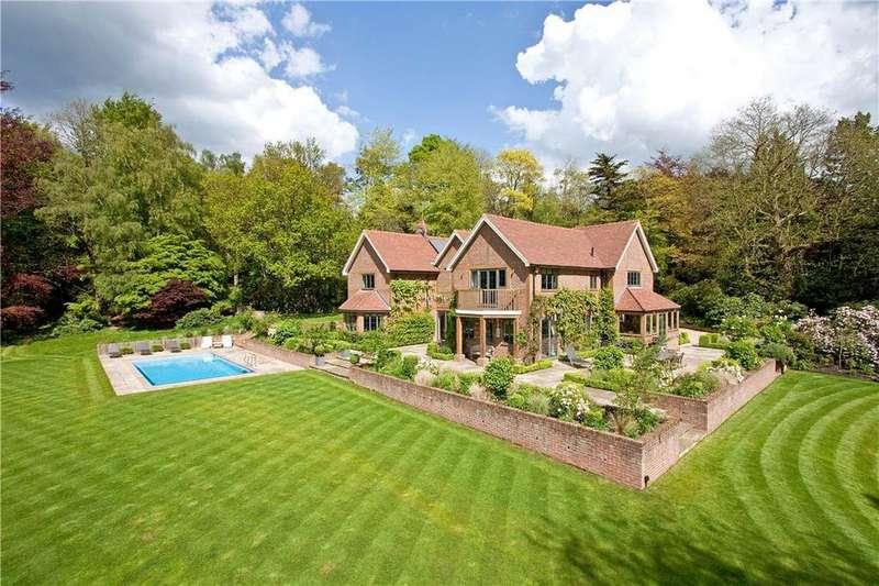 5 Bedrooms Detached House for sale in Bracken Close, Wonersh, Guildford, Surrey, GU5