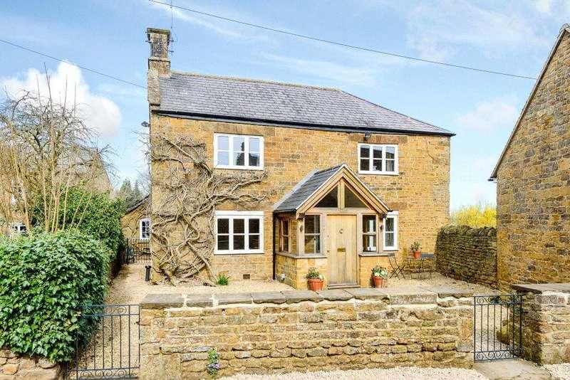 4 Bedrooms Detached House for sale in Shenington, Banbury, Oxfordshire
