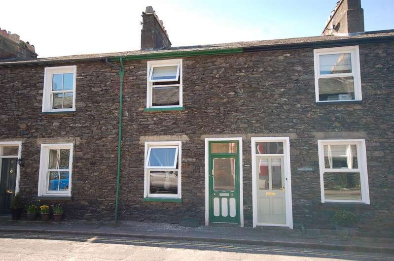 2 Bedrooms Terraced House for sale in 8 South Terrace, Bowness-on-Windermere, LA23 3BH