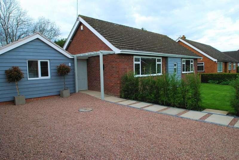 3 Bedrooms Detached Bungalow for sale in Wedderburn Road, Barnard Green