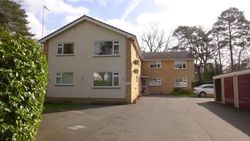 2 Bedrooms Flat for sale in FERNDOWN