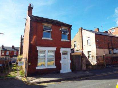 3 Bedrooms Detached House for sale in Erdington Road, Blackpool, Lancashire, FY1