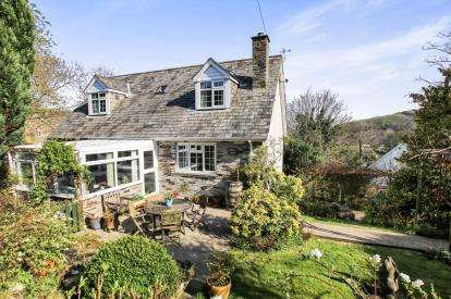 3 Bedrooms Detached House for sale in Boscastle, Cornwall