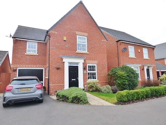 3 Bedrooms Detached House for sale in Jamestown Avenue, Great Sankey, Warrington