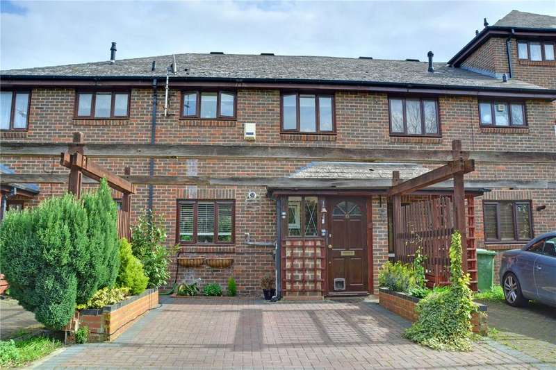 3 Bedrooms Terraced House for sale in Guy Barnett Grove, Blackheath, London, SE3