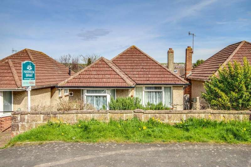 2 Bedrooms Detached Bungalow for sale in Portslade