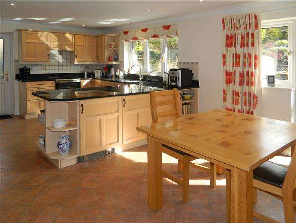 4 Bedrooms House for sale in Wooddis Cottage, 15 Poplar Way, Midhurst