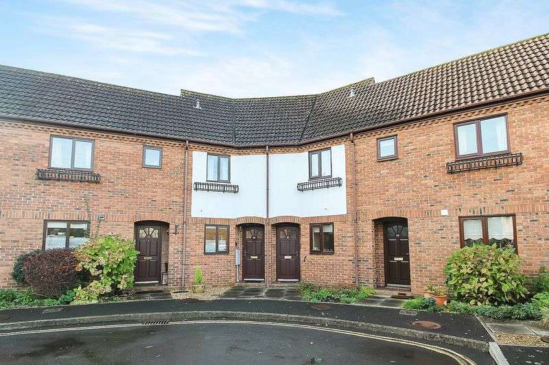 2 Bedrooms Terraced House for sale in Magdalene Street, Glastonbury