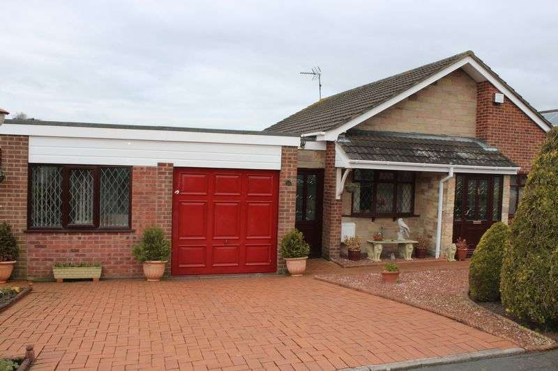 3 Bedrooms Detached House for sale in Willow Close, Tean, Stoke-On-Trent
