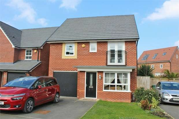 4 Bedrooms Detached House for sale in Sweet Water Court, Lostock Gralam, Northwich, Cheshire