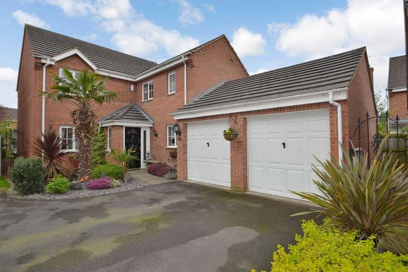 4 Bedrooms Detached House for sale in Water Close, Old Stratford
