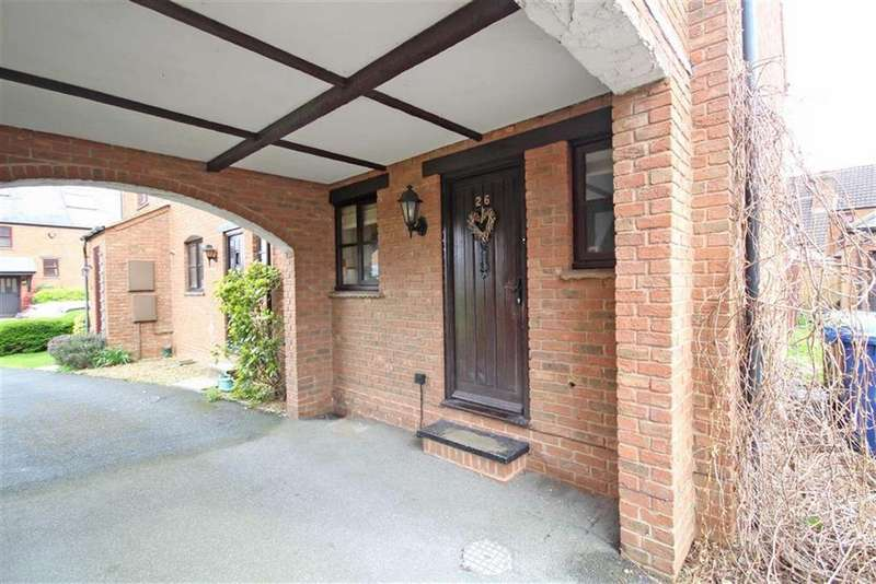 3 Bedrooms End Of Terrace House for sale in Furlong Lane, Bishops Cleeve, Cheltenham, GL52