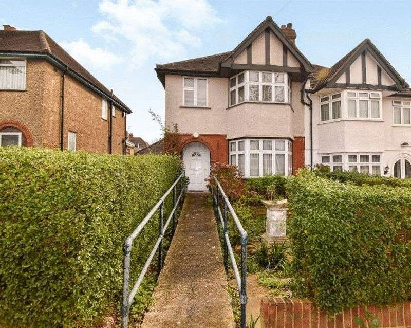 4 Bedrooms Semi Detached House for sale in Ridding Lane, Greenford