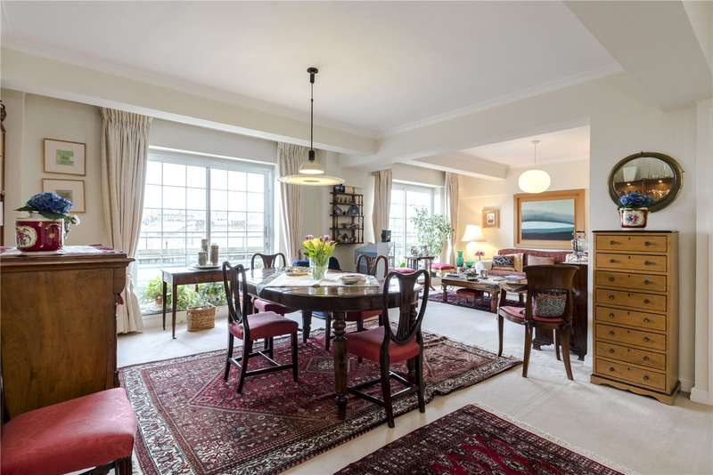 3 Bedrooms Flat for sale in Troy Court, Kensington High Street, London, W8