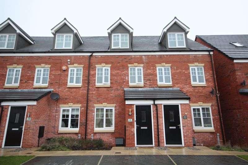 3 Bedrooms House for sale in WAYFARERS WAY, Wardle, Rochdale OL12 9EQ