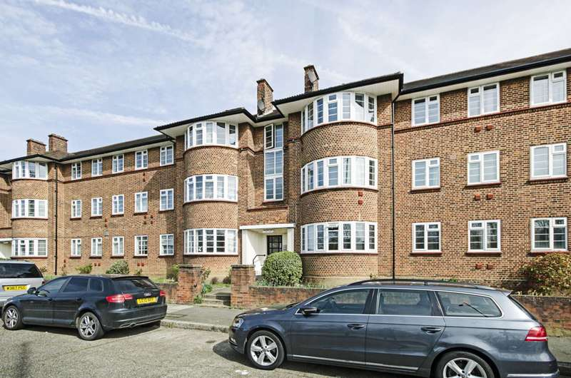 2 Bedrooms Flat for sale in Beaufort Park, Hampstead Garden Suburb, NW11
