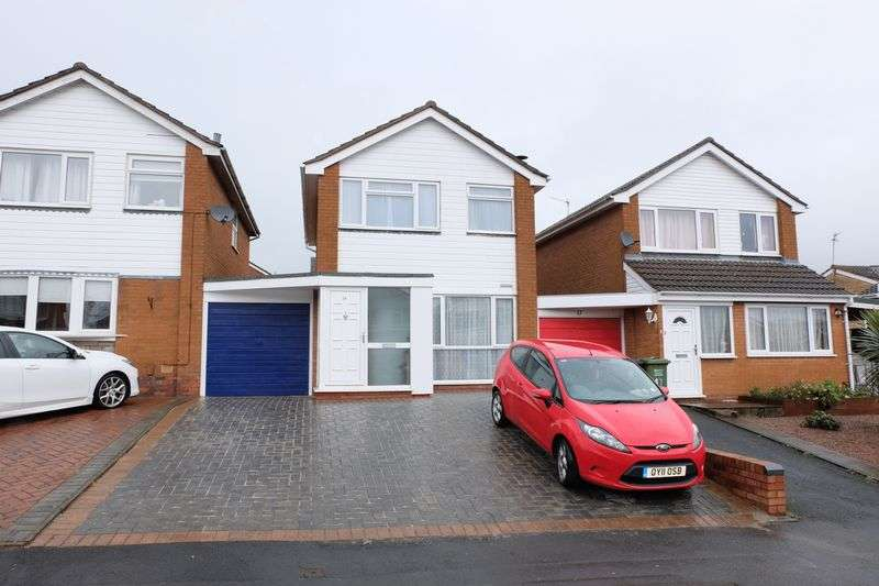 3 Bedrooms Detached House for sale in Sheraton Drive, Kidderminster DY10 3QR