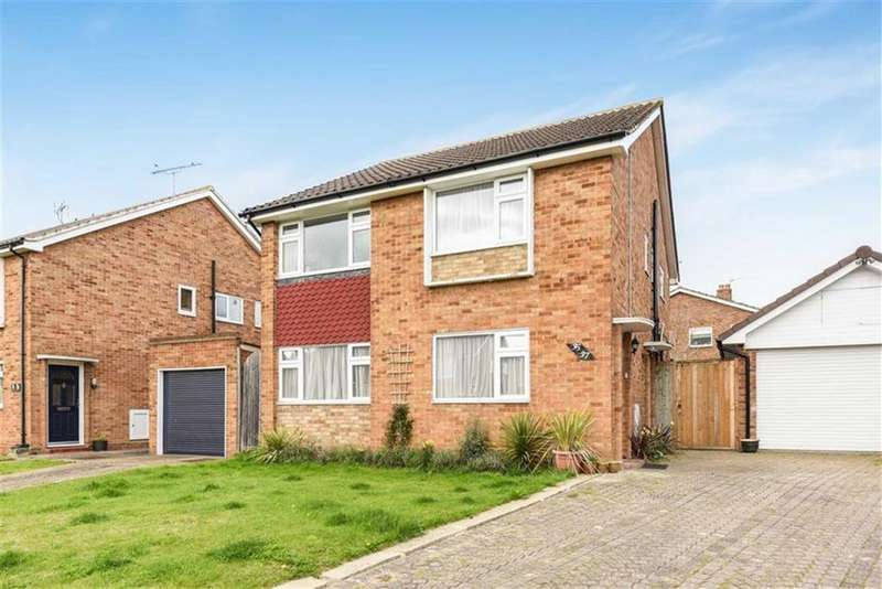 2 Bedrooms Maisonette Flat for sale in Nightingale Drive, Epsom, Surrey