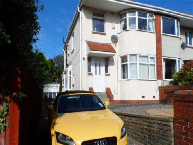 3 Bedrooms Semi Detached House for sale in Bideford Avenue, BLACKPOOL, FY3 8PU