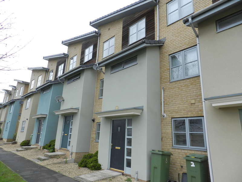 4 Bedrooms Terraced House for sale in Pinewood Walk, Cheltenham